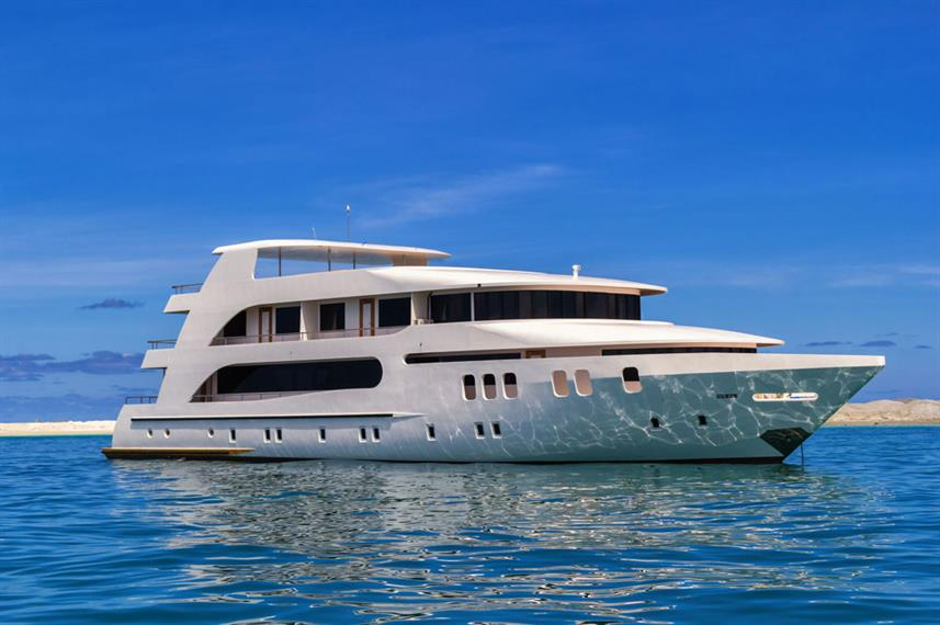 Adora Liveaboard suitable for families with family cabins