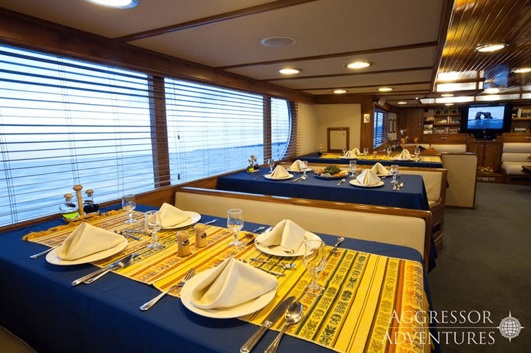 Cons of the Galapagos Aggressor III Liveaboard