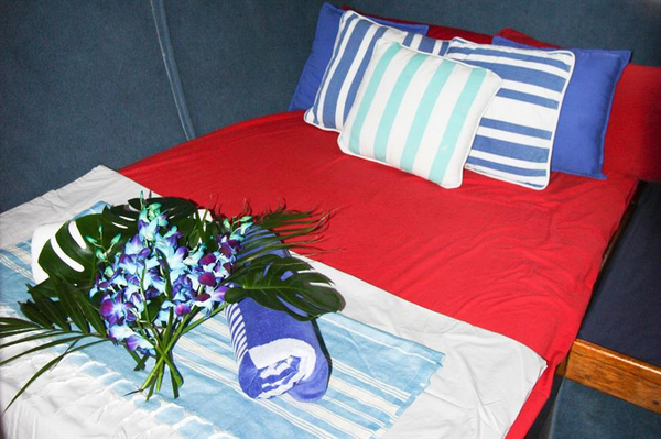 Features of Australia Coral Sea Dreaming cabin and deck - double cabin