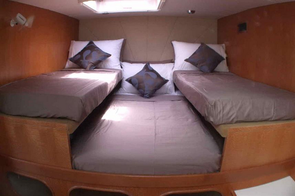 Features of Australia Shore Thing Catamaran cabin and deck - triple cabin