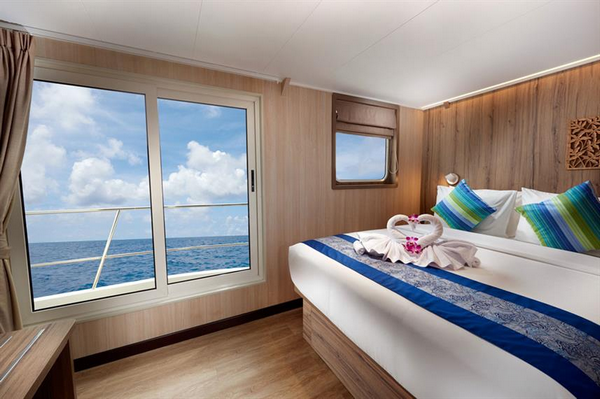 Double cabin with sea views