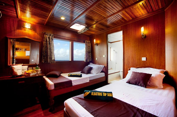 Features of Maldives Conte Max liveaboard