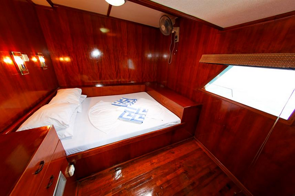 Features of Maldives Sheena liveaboard cabin review