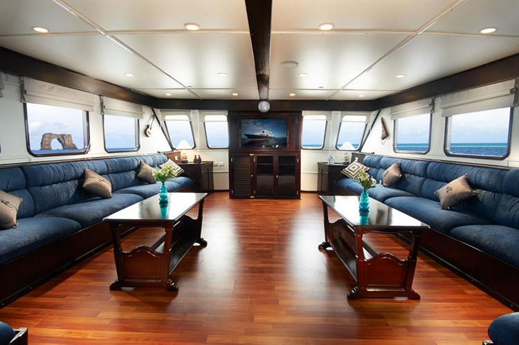Galapagos Master Liveaboard cost