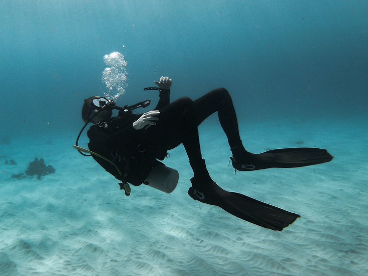 Getting your weight right is a scuba diving basic