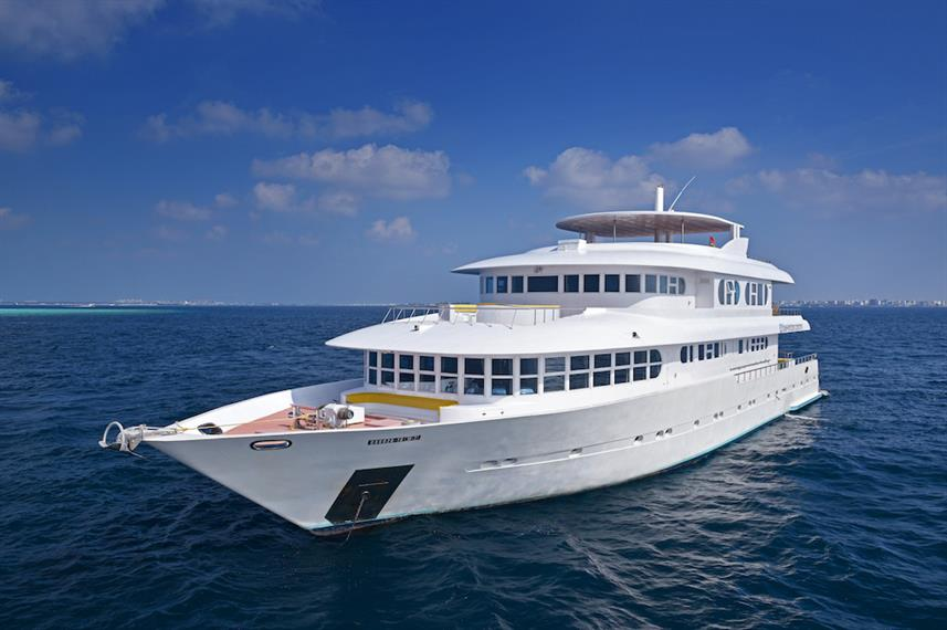 Horizon 3 Liveaboard Maldives for families and children