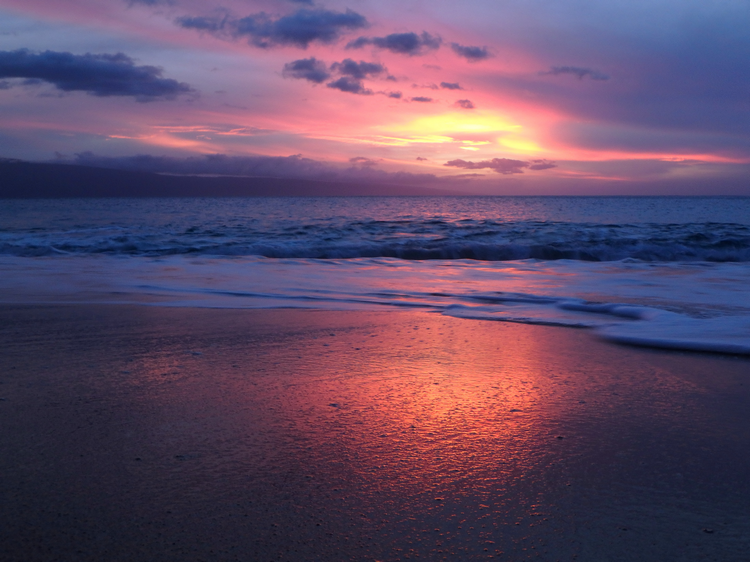 Red beach sunset - How far from the beach can red tide affect you
