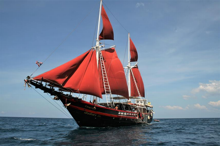 Phinisi Myanmar Diving Liveaboard large