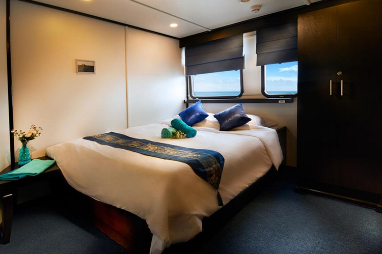 Pros of the Galapagos Master Liveaboard - double cabin