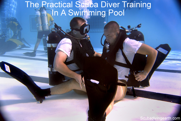 The practical scuba diver training in a swimming pool