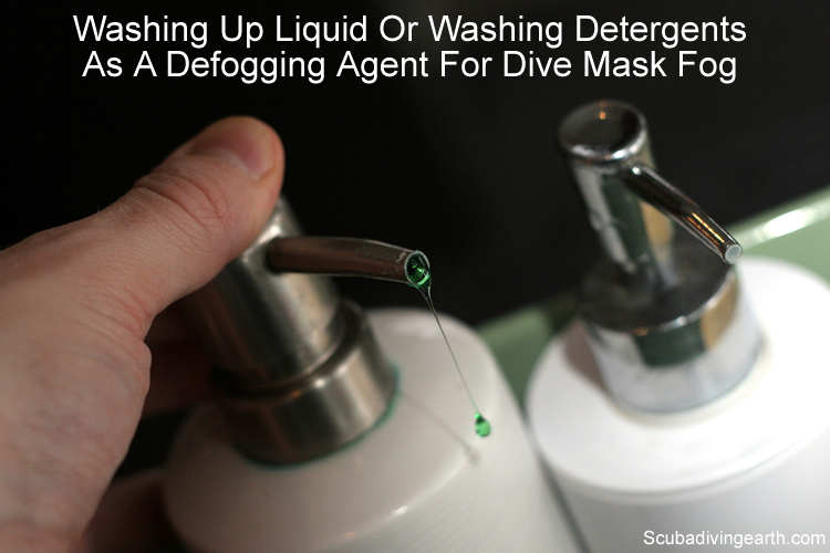 Washing up liquid or washing detergents as a defogging agent for dive mask fog