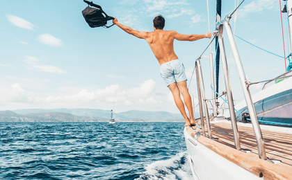 What Does Liveaboard Mean & What Is A Liveaboard Dive Boat