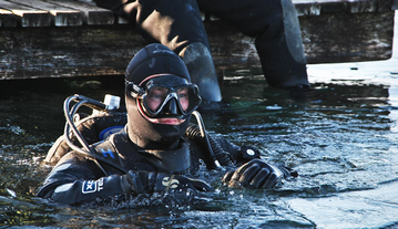 Why Is It Important Not To Dive With An Excessively Tight Neck Seal?
